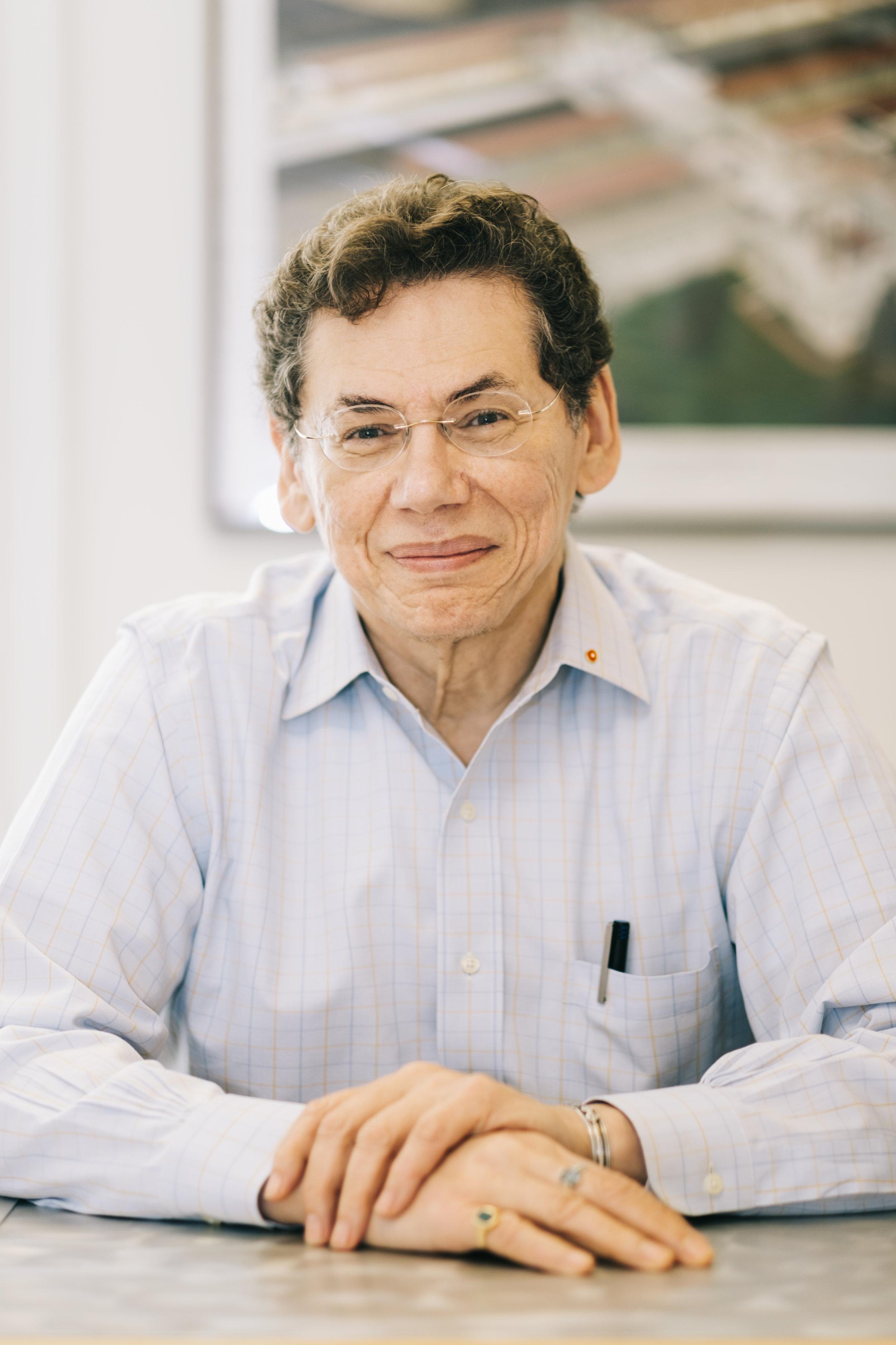 Antonio Figueroa.jpg
