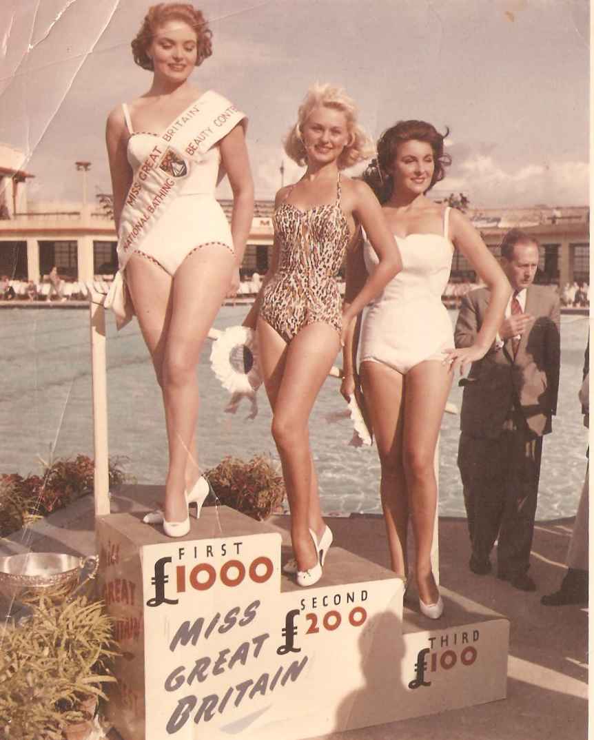 Leila Williams wins Miss Great Britain 1957