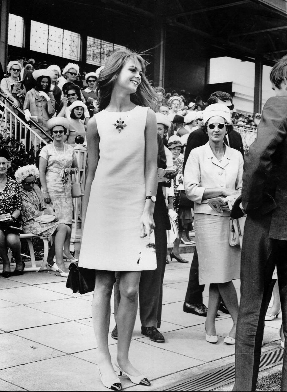Jean Shrimpton at the Melbourne Races, 1965