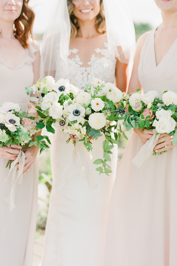 White Wedding Bouquet by AvaFloral Photos