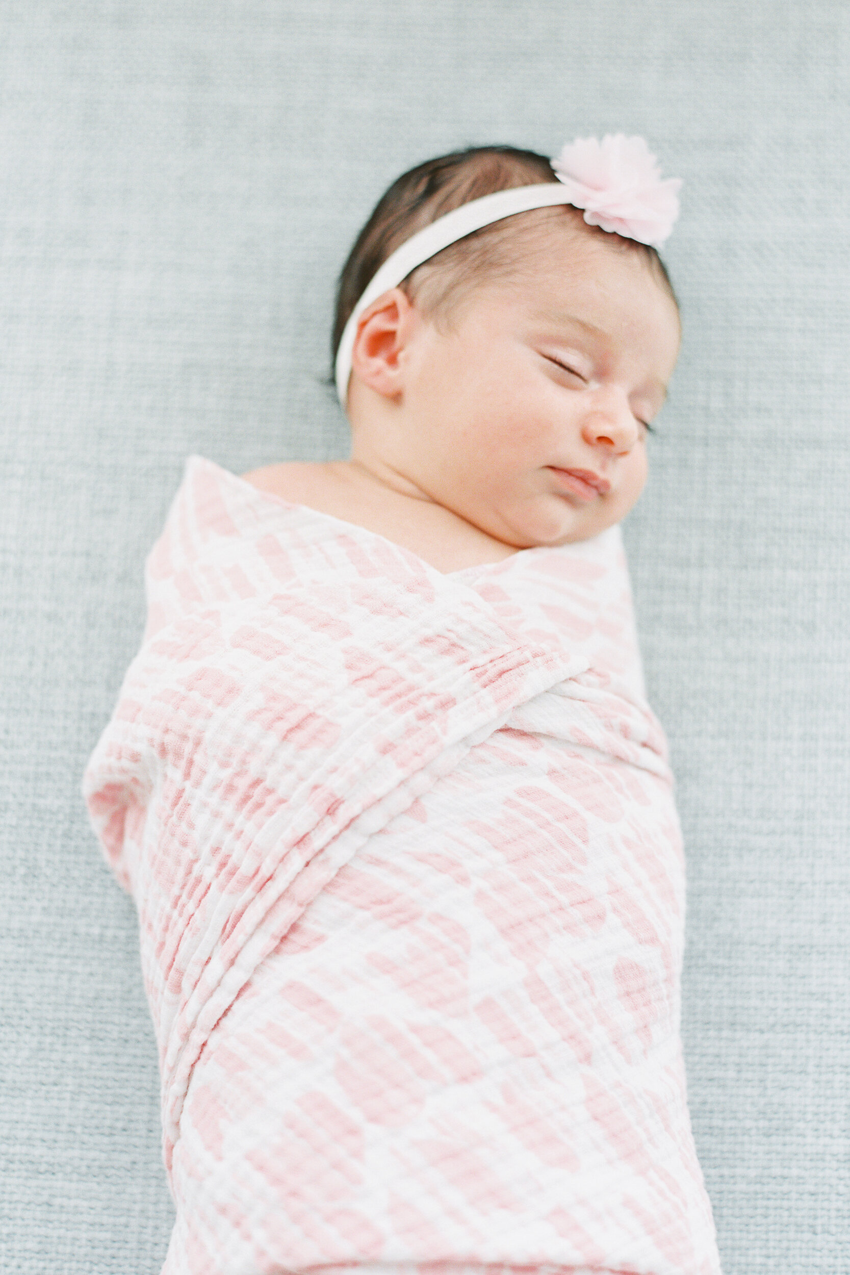 Brooklyn-Lifestyle-Newborn-Session-Photos-12.JPG