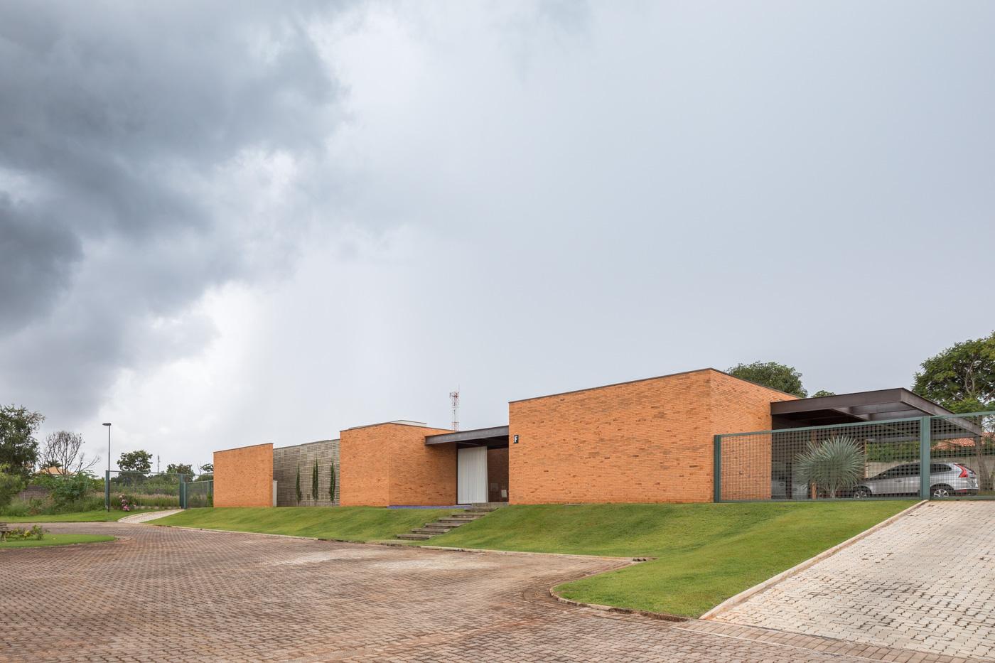 Estúdio-Mova-arquitetura-interiores-comercial-foto-haruo-mikami_007_Baixa.jpg