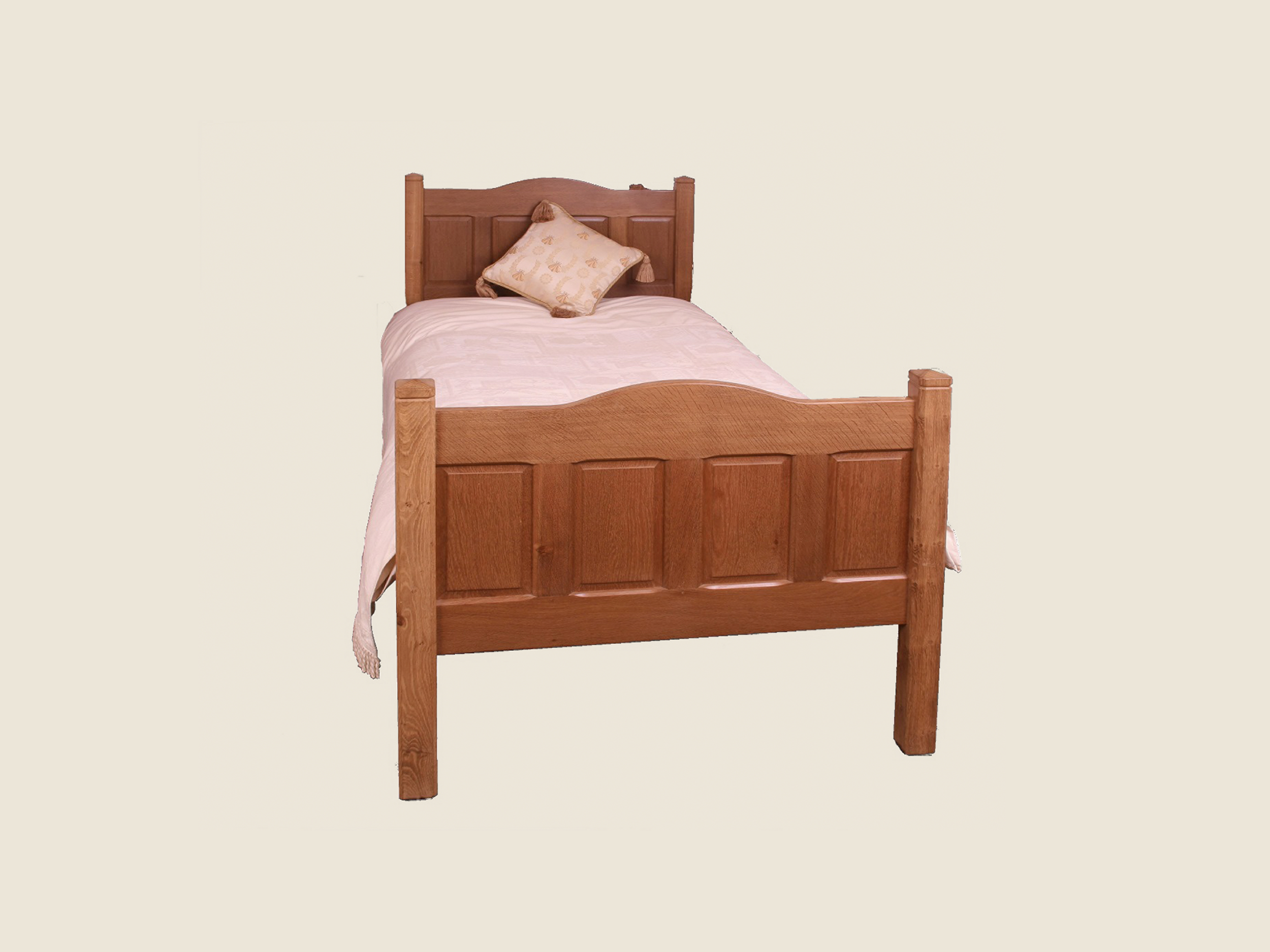 BF703 Single Panelled Oak Bed