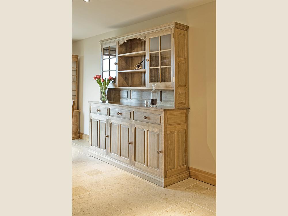 BF402 Elegant Oak Display Dresser