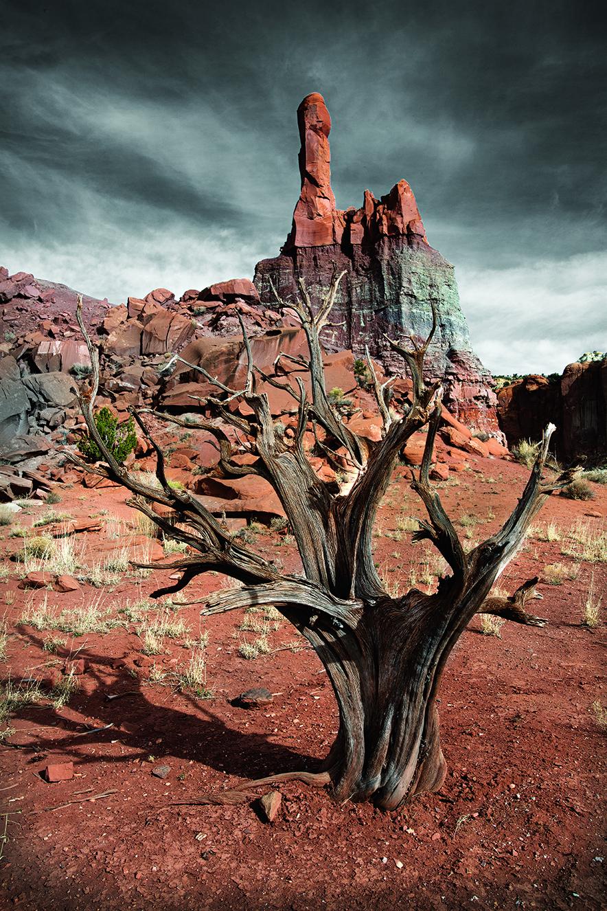 Robyn Lea, Dramatic rock formations