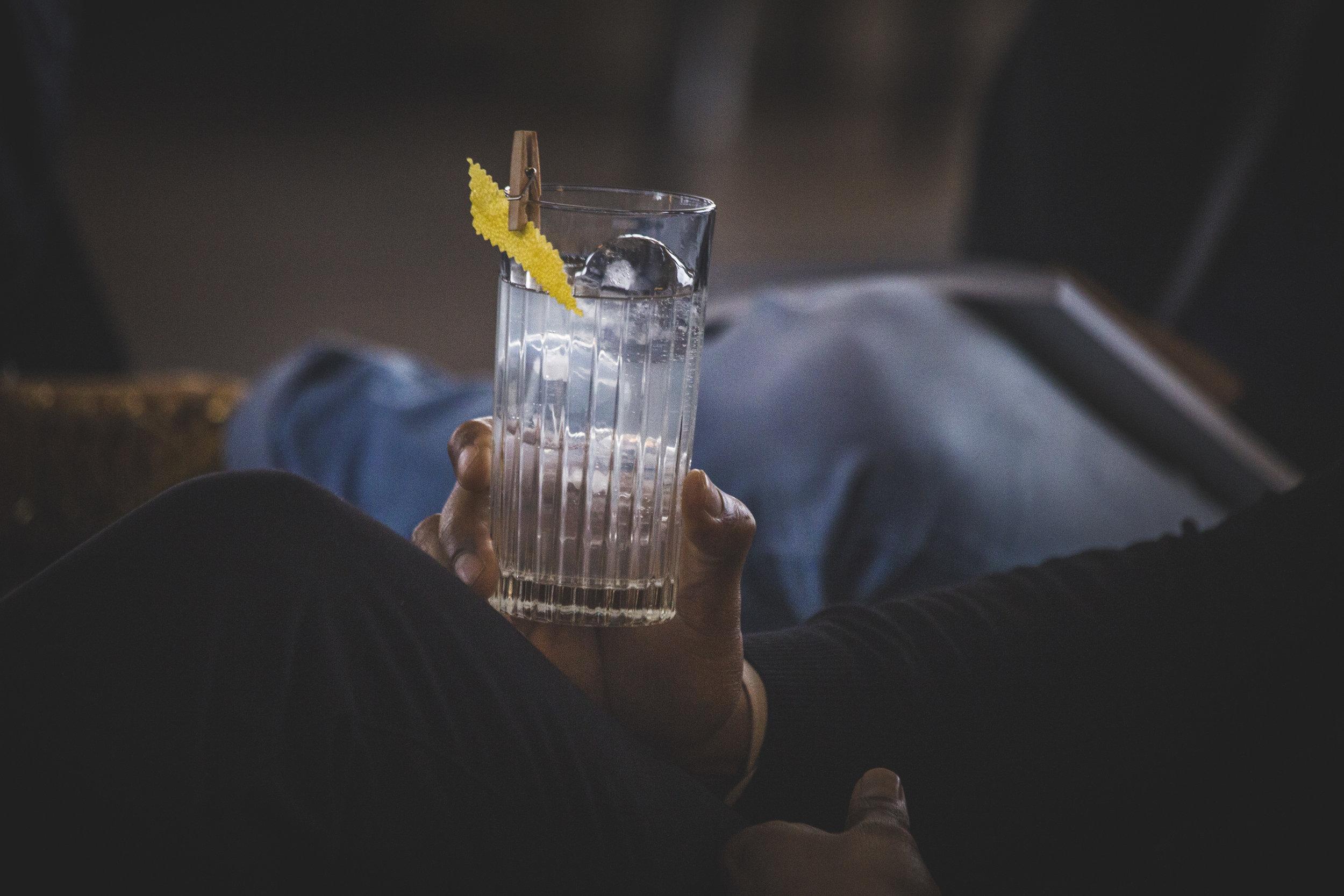 Il suo microclima superbo e la sua unica cornice naturale sono stati incorporati in un raffinato gin italiano -