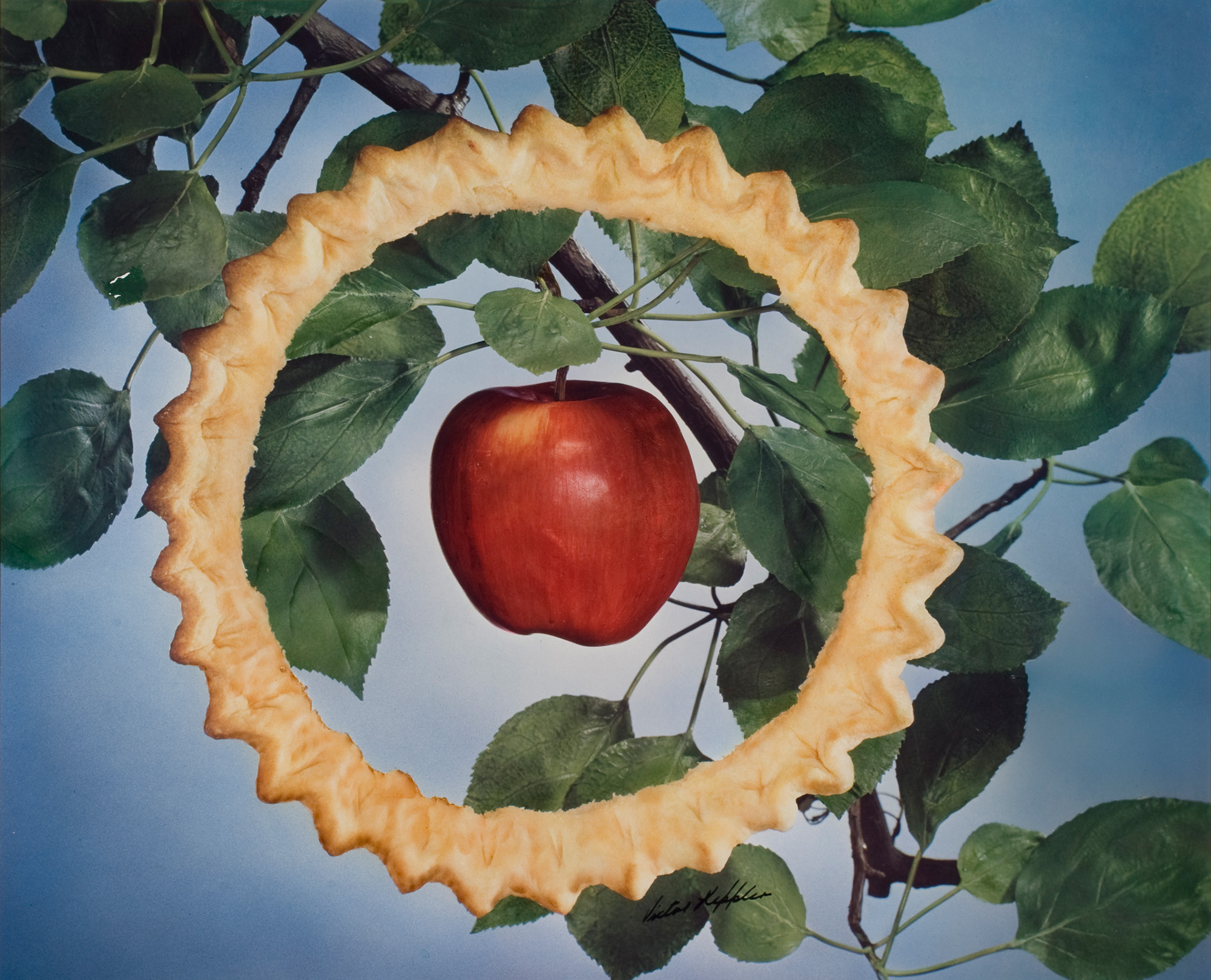 Victor Keppler, [General Mills advertising campaign—Apple Pyequick], 1947; from Feast for the Eyes (Aperture, 2017)© Victor Keppler, Courtesy George Eastman Museum, gift of Victor Keppler