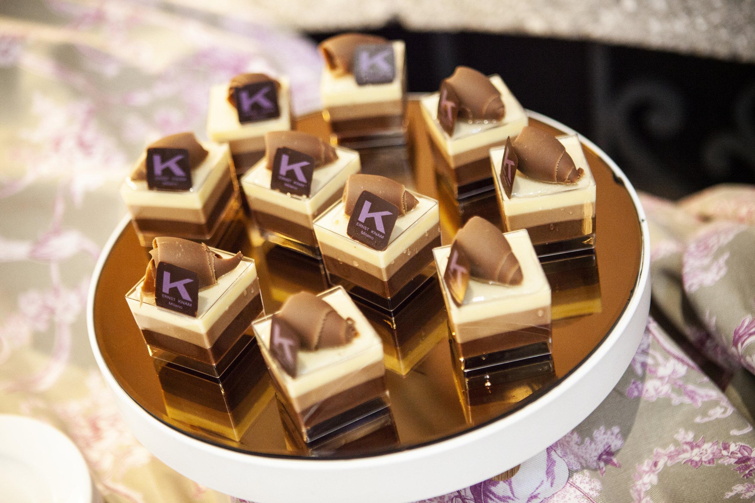A Novembre si festeggia il Tris Day, una giornata in cui all'interno della Pasticceria Ernst Knam, la Tris sarà l'assoluta protagonista in forma di torta, monoporzione e cioccolato.