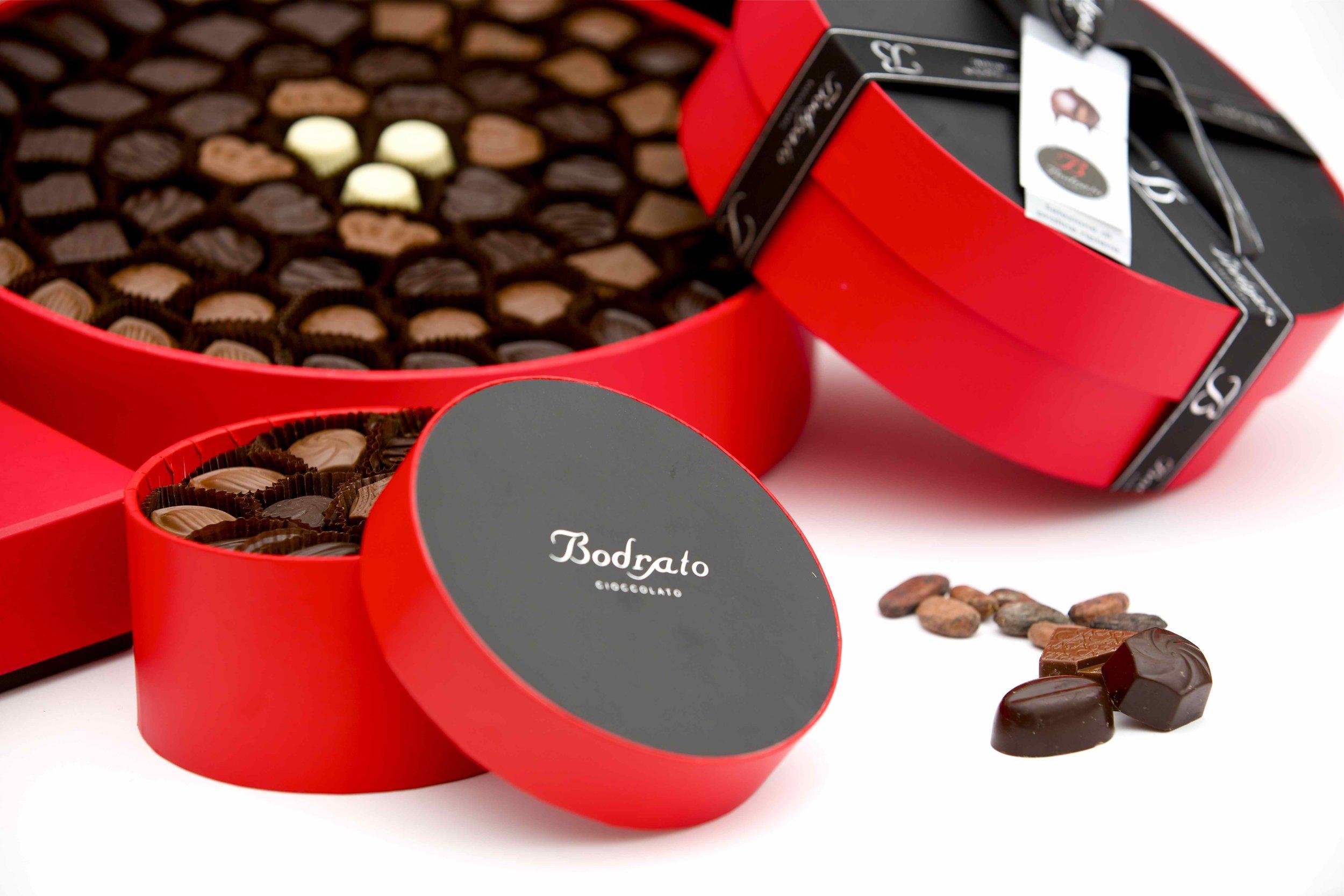 Brodato ha da sempre mantenuto le sue iconiche confezioni rosse, ideali anche come regalo per le feste.