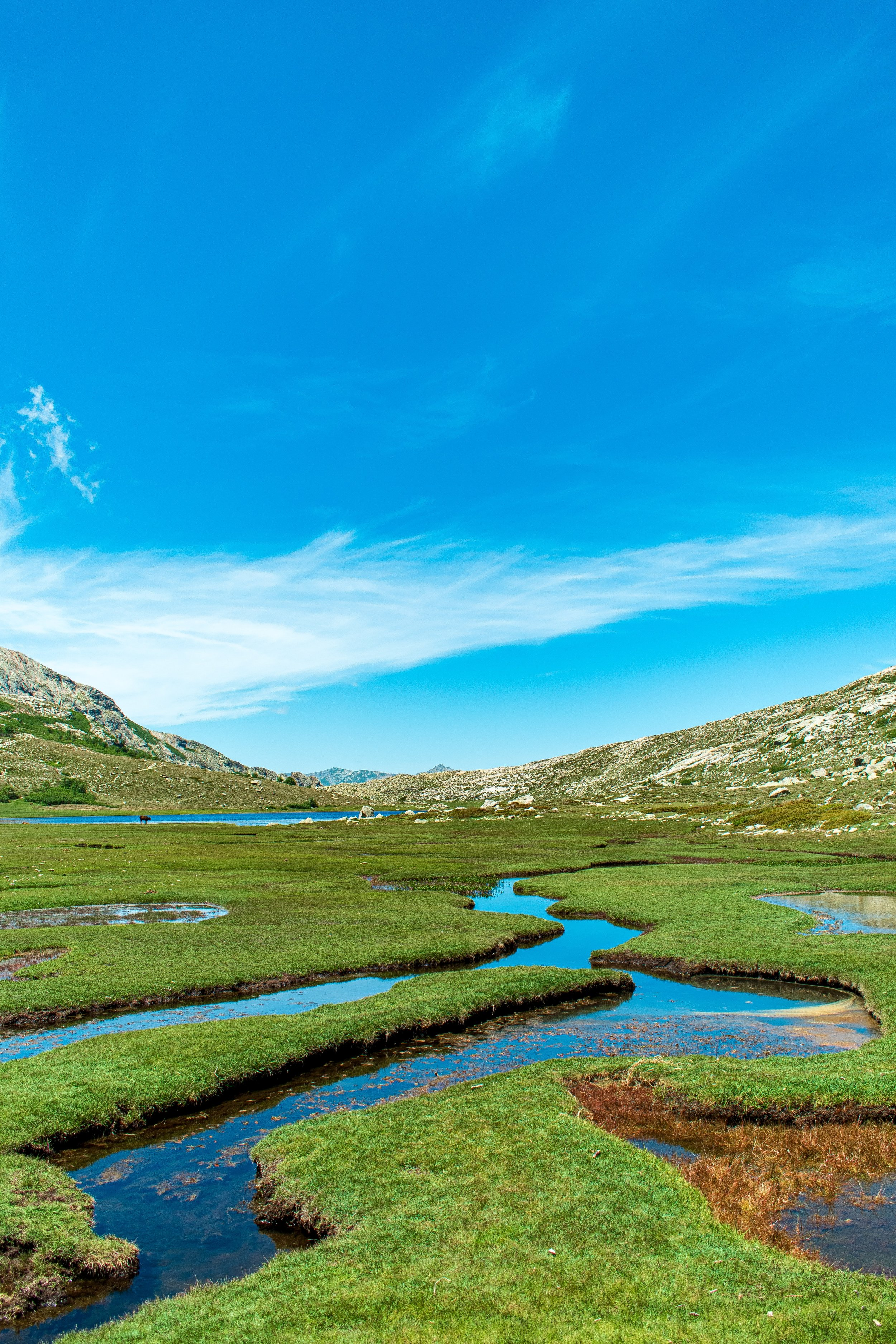 Il Lac di Ninu, in Francia, in una fotografia di Arnaud Schildknecht.