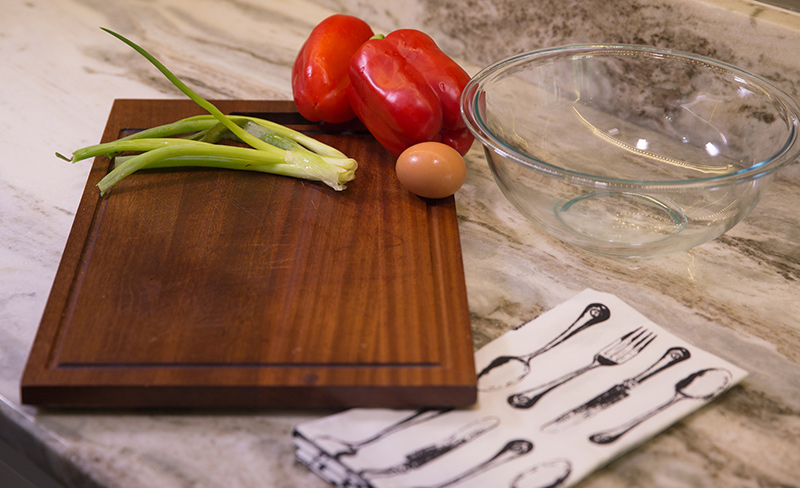 Onions-and-Peppers-on-a-Cutting-Board.jpg