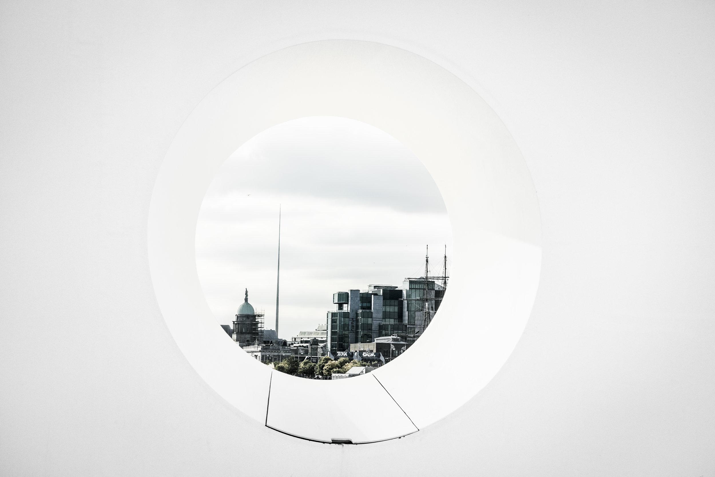 fabio_burrelli_street_photography_architecture_dublin_CP5B0565-2CP5B0565-2.jpg