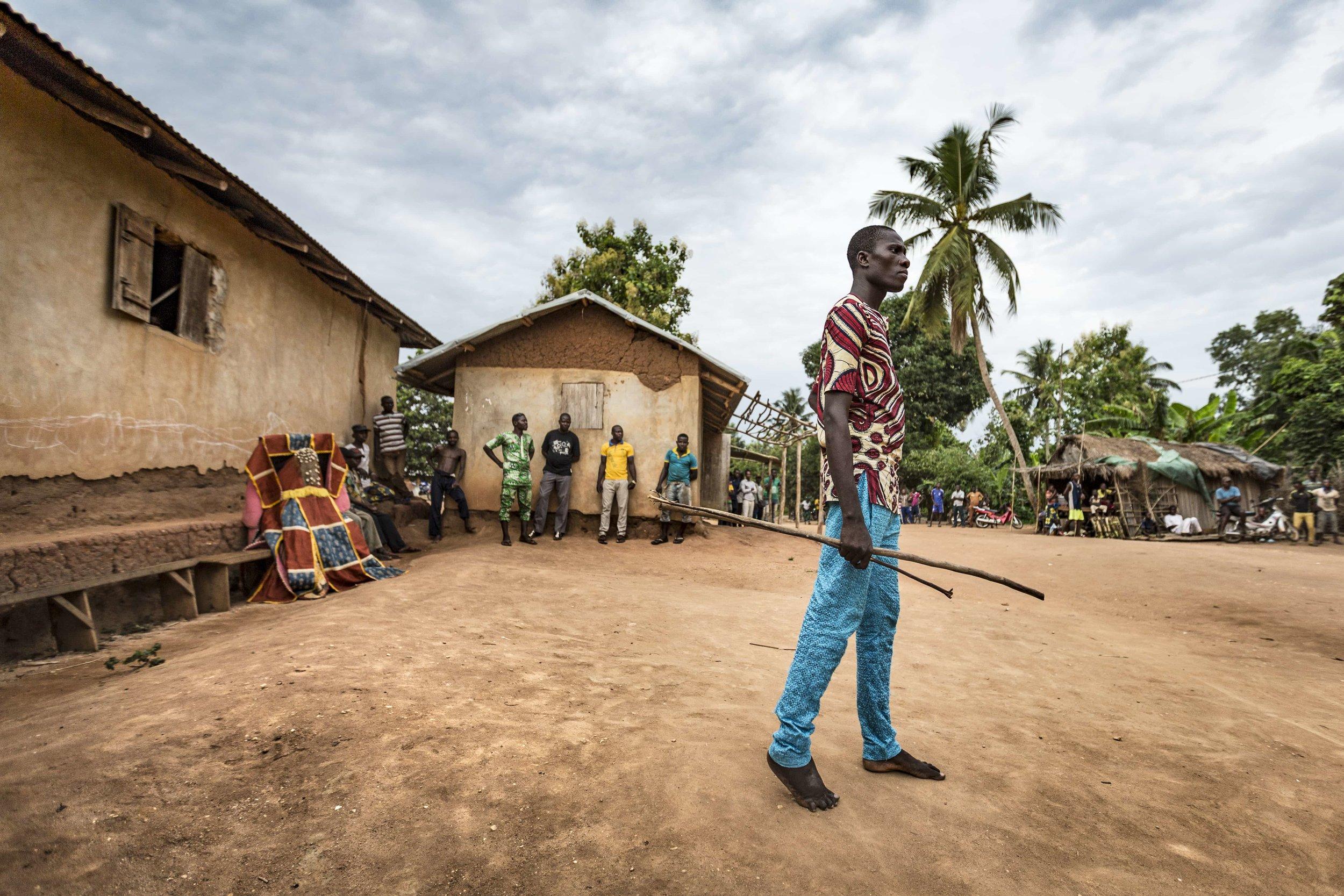 documentary-reportage-photography-voodoo-fabio-burrelli-4.jpg