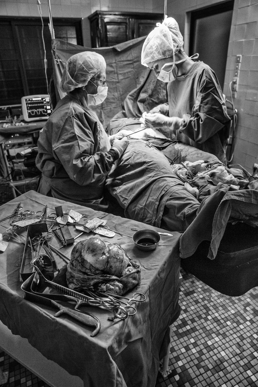 documentary-reportage-24-hrs-gbemontin-healthcare-centre-fabio-burrelli-24.jpg