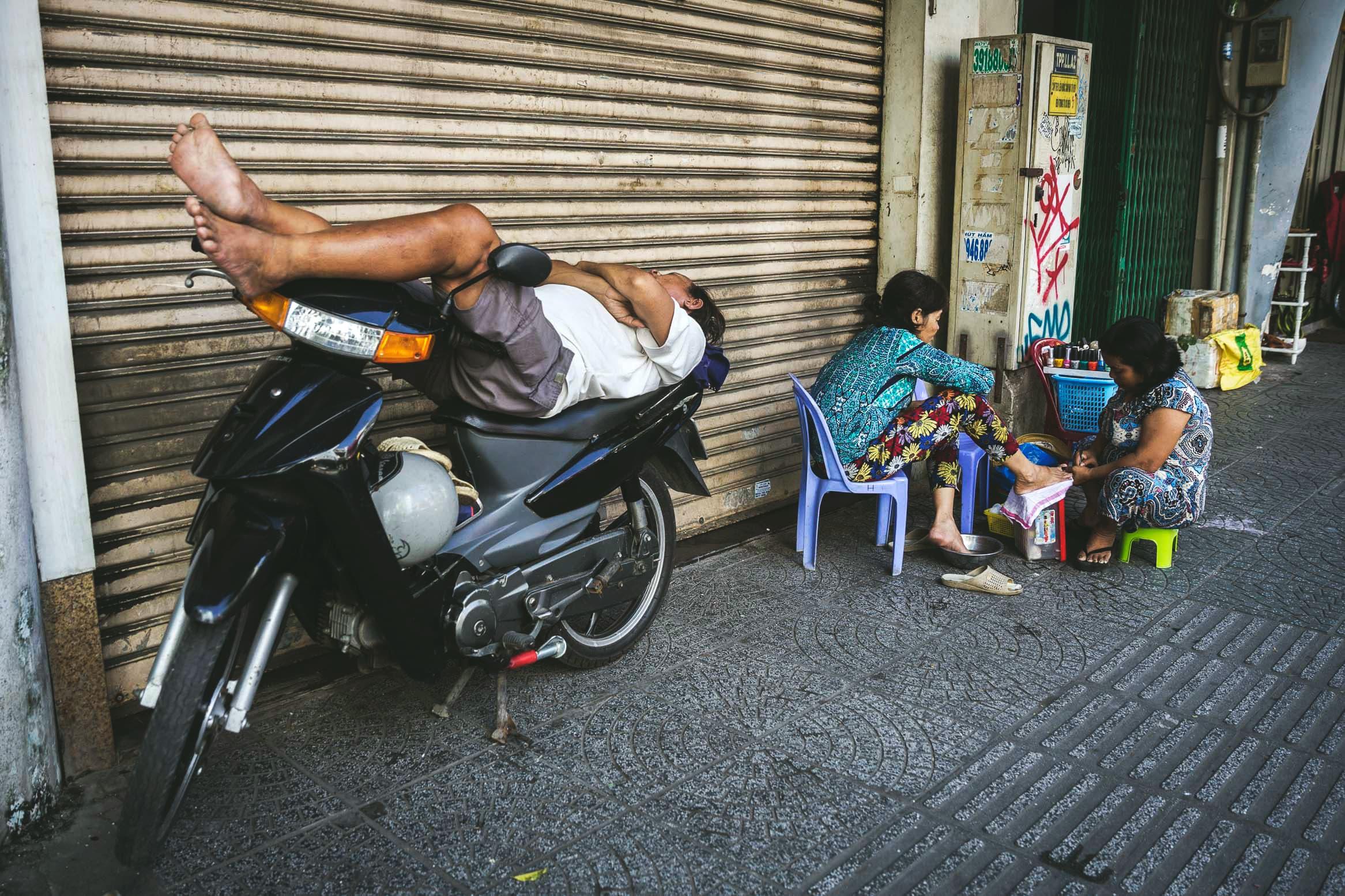 street-documentary-photography-fabio-burrelli-37.jpg