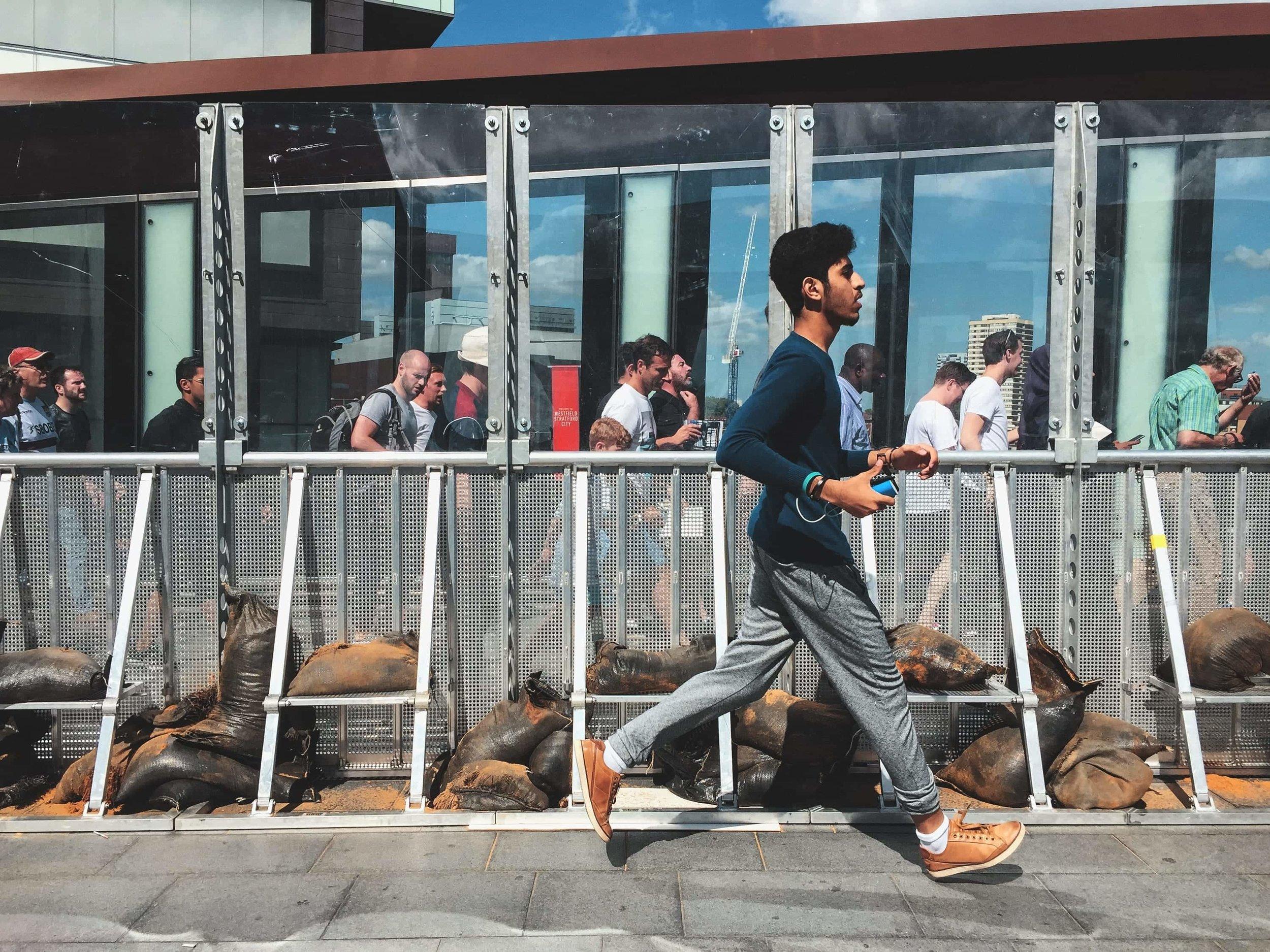street-documentary-iphone-photography-fabio-burrelli-1.jpg