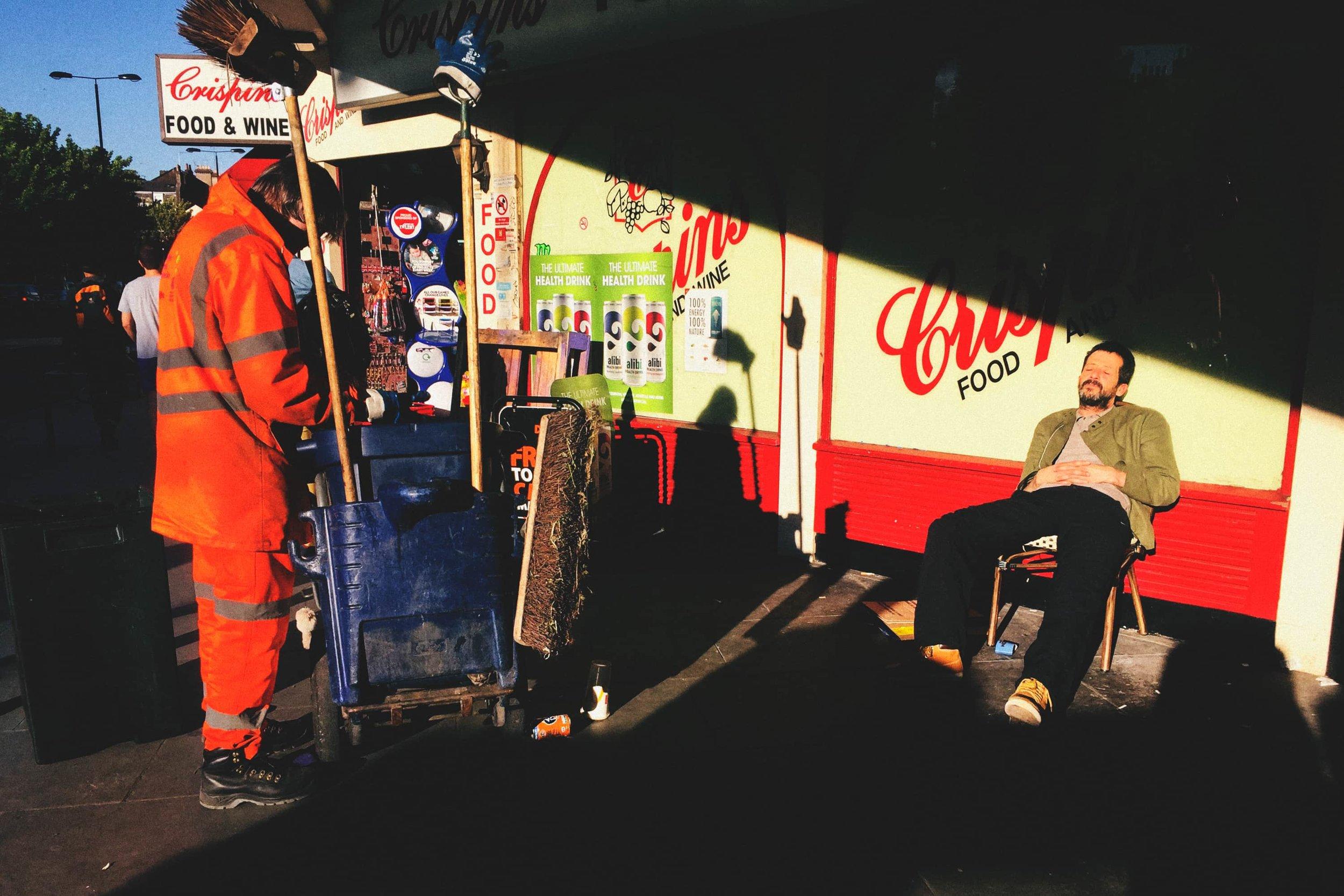 street-documentary-iphone-photography-fabio-burrelli-11.jpg