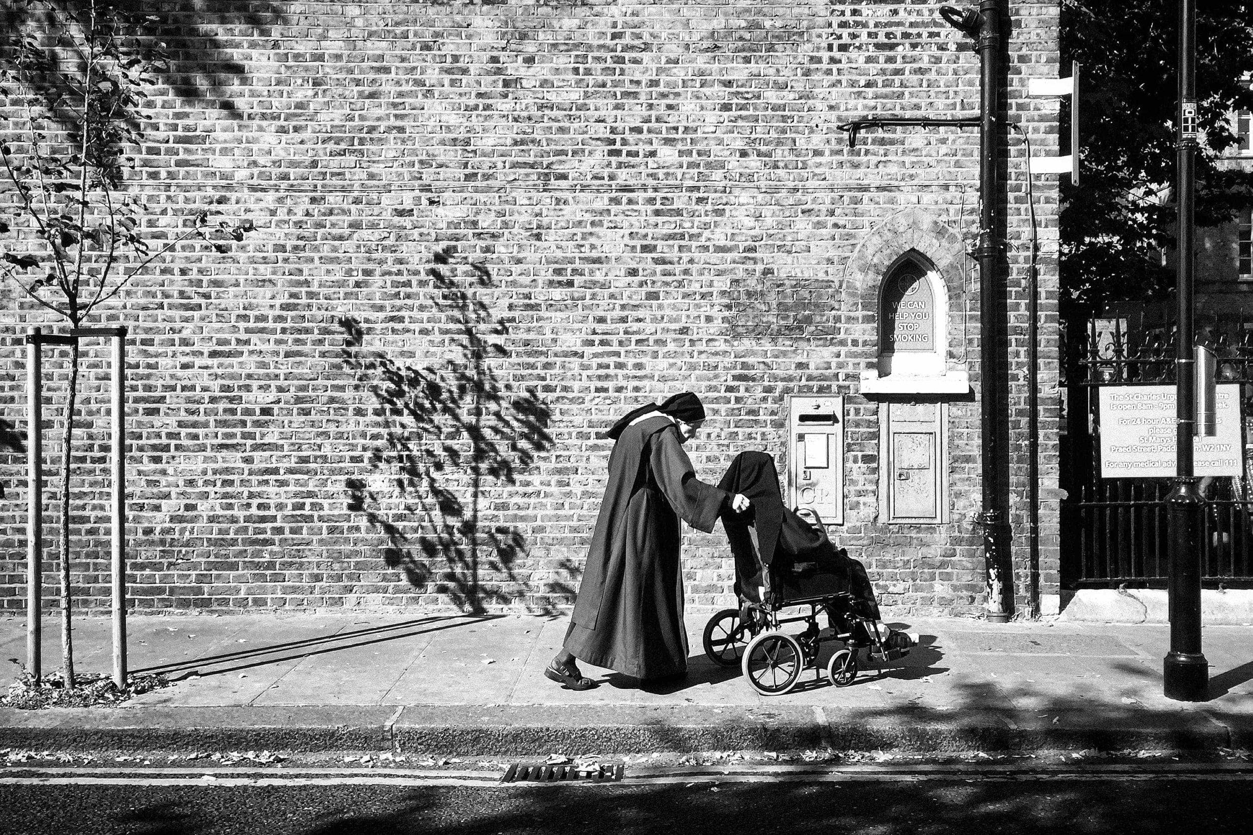 street-documentary-iphone-photography-fabio-burrelli-15.jpg