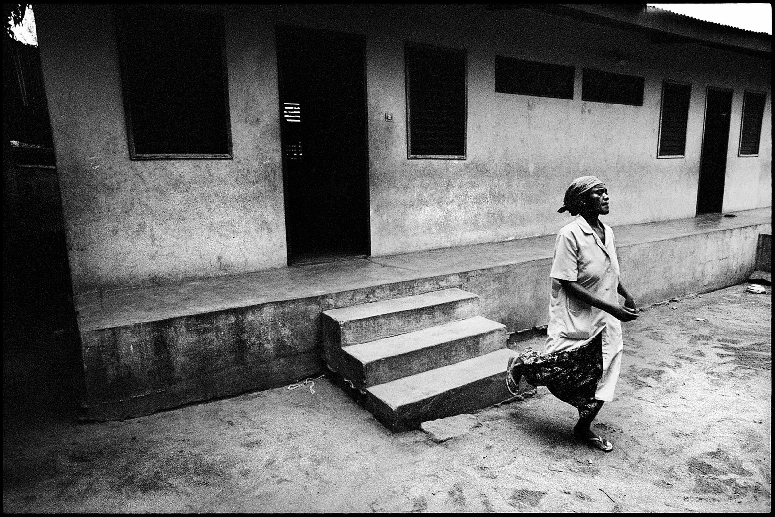 documentary-reportage-centre-les-archanges-fabio-burrelli-12.jpg