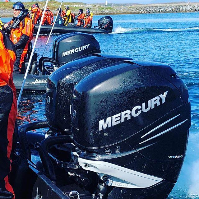 8 kraftige Mercury Verado har gjort en utmerket jobb på årets Ziprace. @mercurymarine @mercuryracing @mercury_outboards @mercurymarinenorge #ravenrib #ziprace #lofoten #hitra