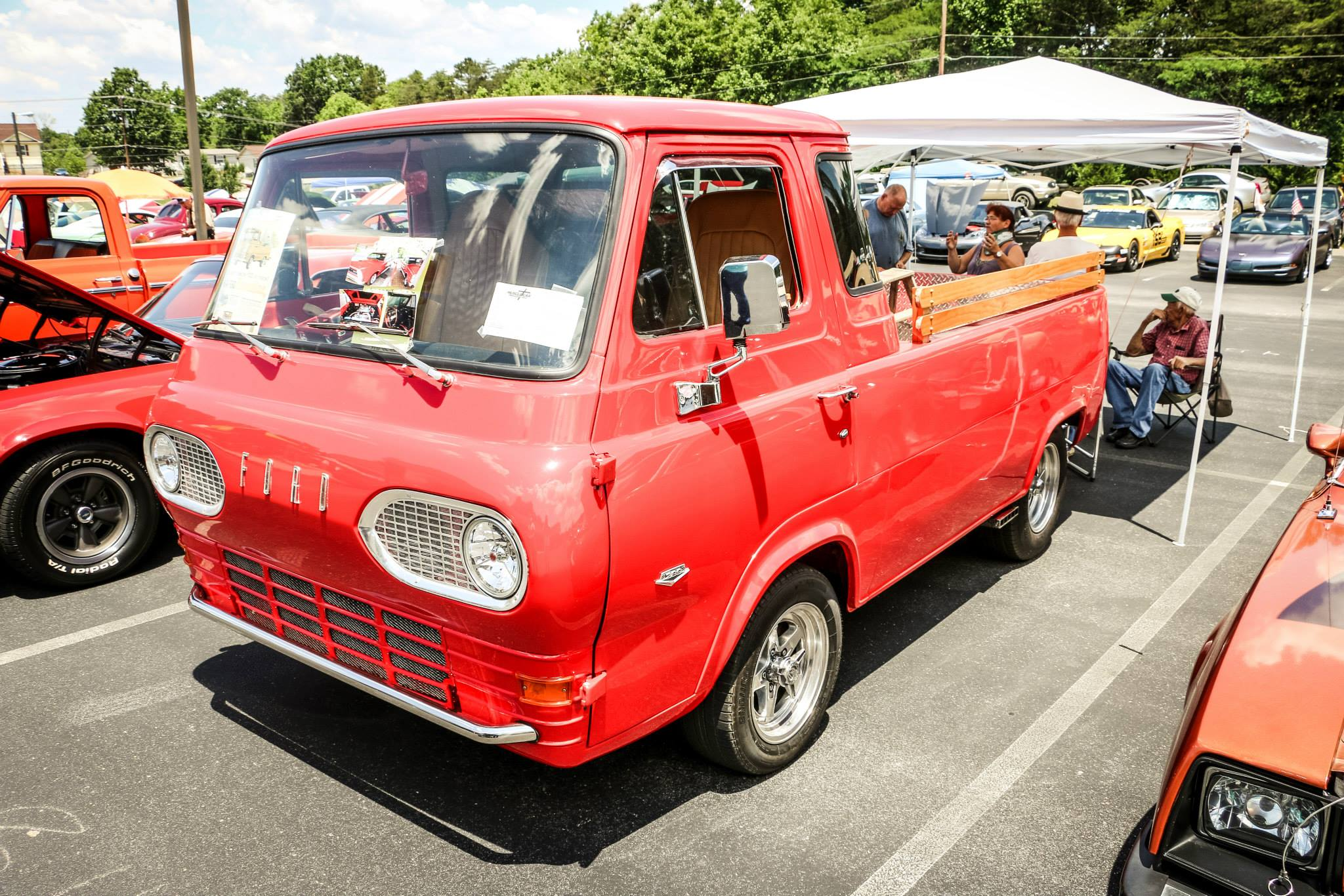 Sharon Parrot Car Show 6.jpg