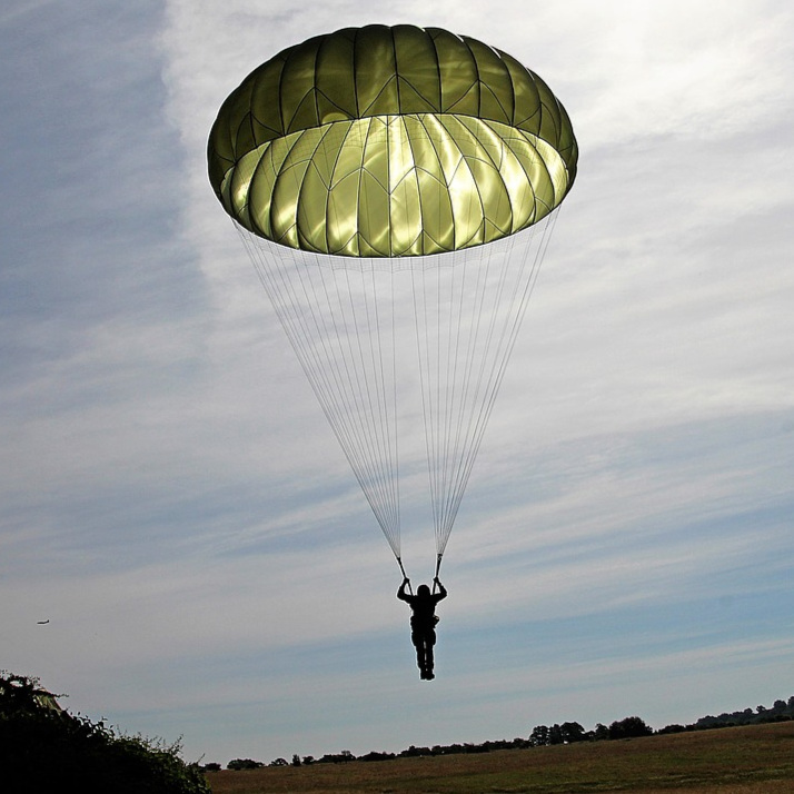 Parachutist-Flying-Float-Skydiving-Parachute-Sky-2183279.jpg