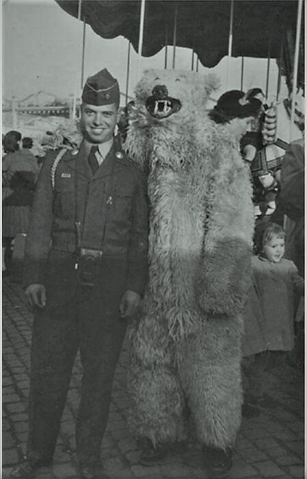 Taken in Mainz, Germany where Philipps was stationed in 1955 as part of US Army
