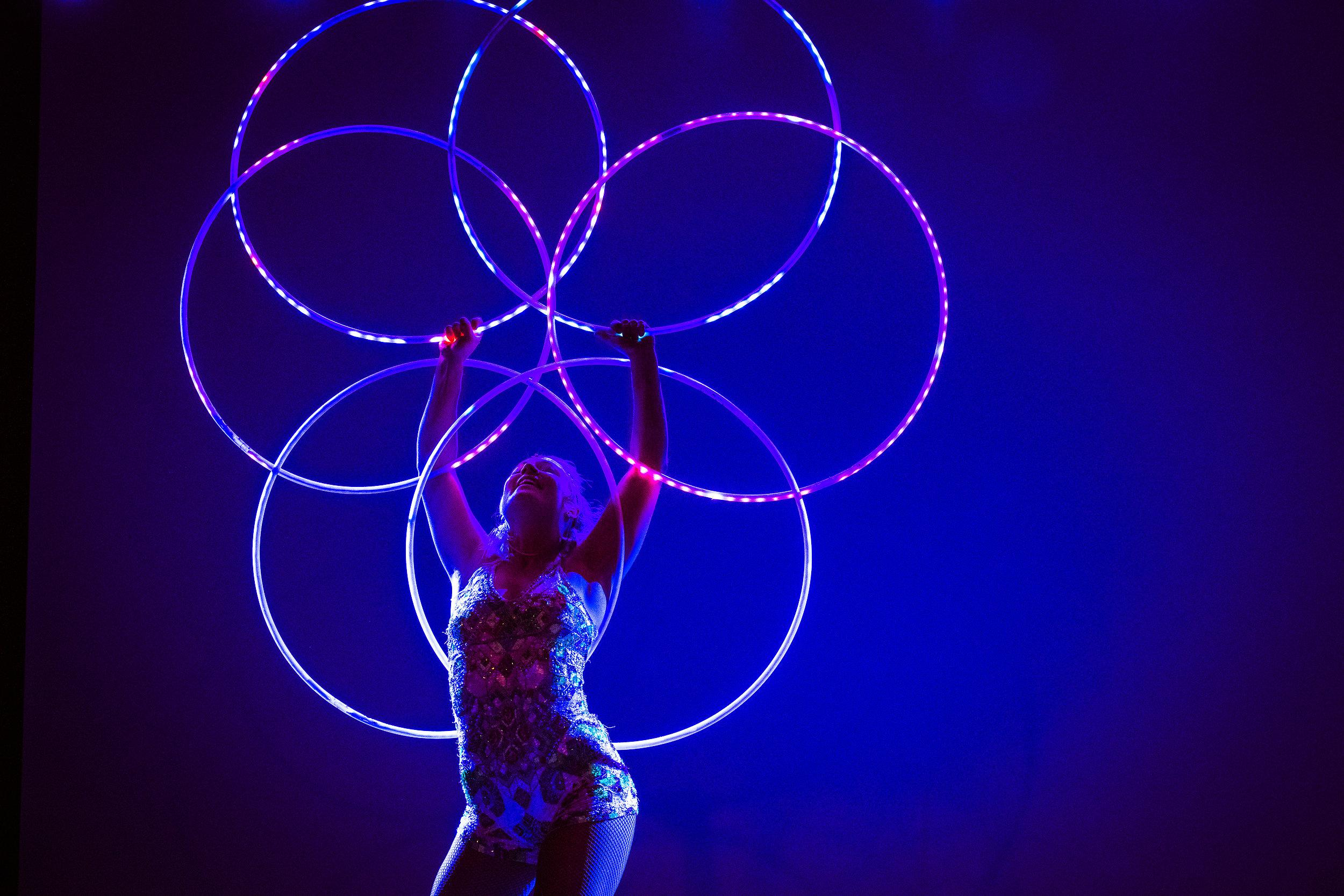 LED rockringar- Act of Emotion-  foto Julia Reinhart.jpg