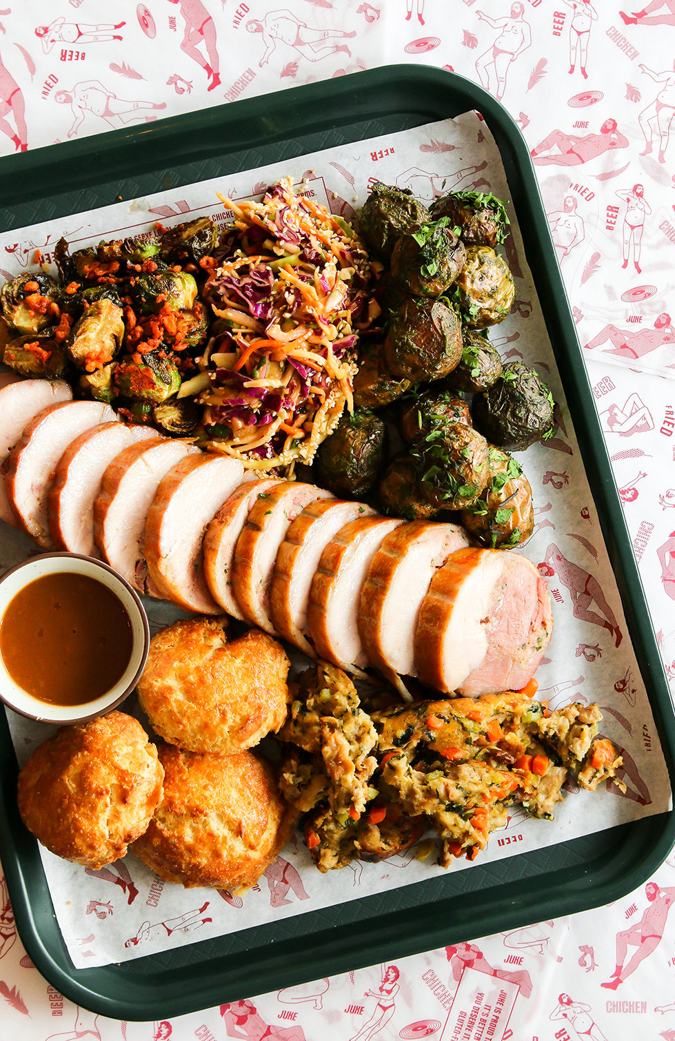 JUKE FEATURES TURDUCKEN FEAST, HOSTS THIRD-ANNUAL 'CLUCK YOUR RESOLUTIONS' BRUNCH ON NEW YEAR'S DAY - November 21, 2018Juke Fried Chicken will be a crowd pleaser in more ways than one this Christmas season by offering a festive Holiday Turducken Feast perfect for parties and gatherings, and by hosting its third-annual 'Cluck Your Resolutions' brunch to ring in 2019 on Tuesday, January 1.Available exclusively for pickup on Sunday, December 23, each Juke Holiday Turducken Feast package feeds six to eight people and includes pre-sliced turducken with stuffing and gravy, large sides of fried Brussels sprouts and herb-roasted potatoes, cranberry sauce, honey roasted squash, and country biscuits with whipped schmaltz. In true Juke fashion, all items except the country biscuits are gluten free.