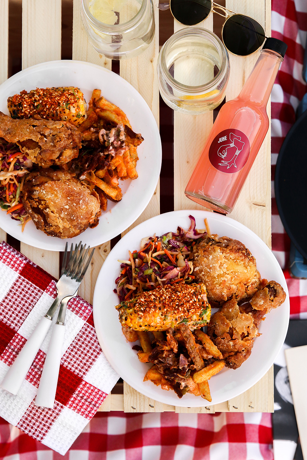 JUKE FRIED CHICKEN ADDS SIZZLE TO SUMMER SNACKING WITH NEW TAKE-AWAY 'BEACH BOXES' - June 14, 2019Juke Fried Chicken is adding its signature southern-fried sizzle to al-fresco outings this summer by introducing their new Juke Beach Boxes available for pick-up exclusively at 'Little Juke' located in Vancouver's beachside West End neighbourhood at 1074 Davie Street.Perfect for two to share at the beach or park for lunch, dinner or a sunset snack, each Juke Beach Box includes four pieces of Juke's signature southern-style fried chicken, two pieces of chili corn on the cob, all-dressed fries and east Asian peanut slaw as well as a non-alcoholic cocktail mixer, reusable napkin, utensils and two red Solo cups.Available for $34 plus tax, Juke's Beach Box can be ordered online or in store and available for pickup at Little Juke from 11 a.m. to 10:30 p.m.