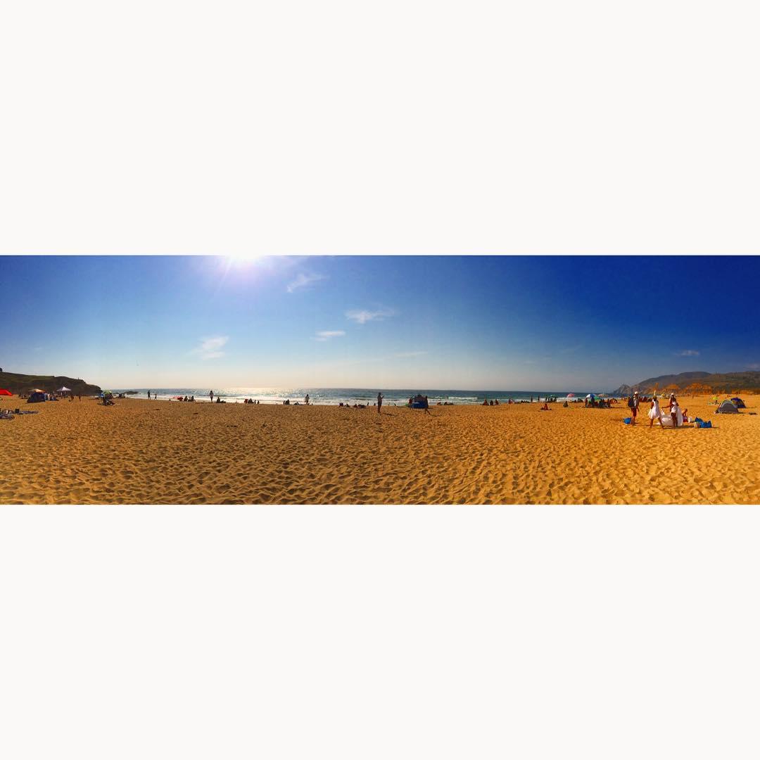 Beach Day with @maygram @nealolivier @remywildandfree #Montara #Cali