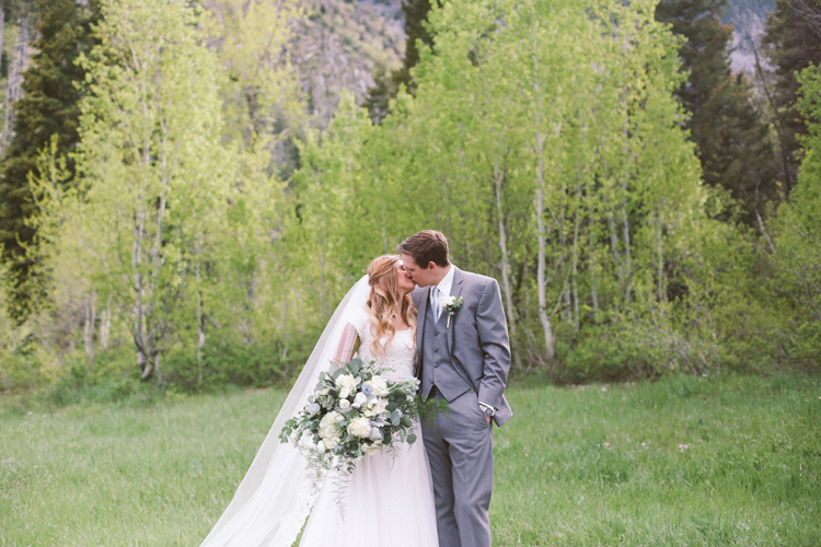 Alyssa and Nathan (c)evelyneslavaphotography 8016713080 (81).jpg