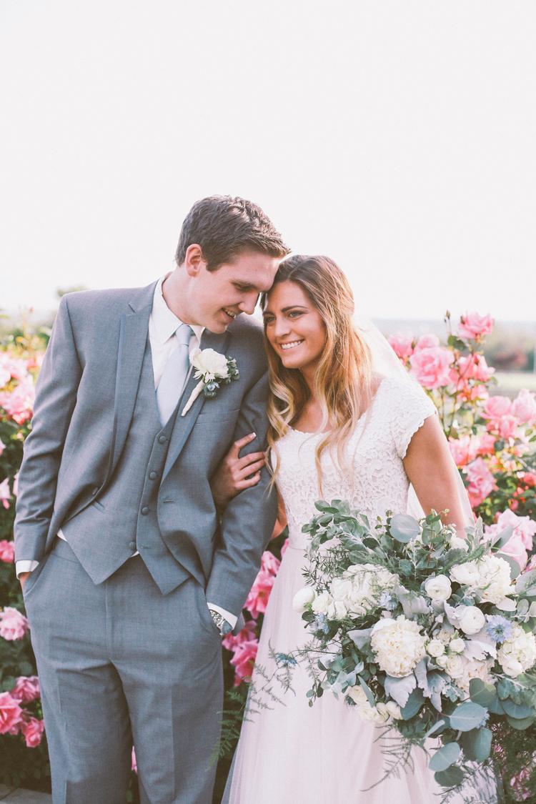 Alyssa and Nate Temple (c)evelyneslavaphotography 8016713080 (30).jpg