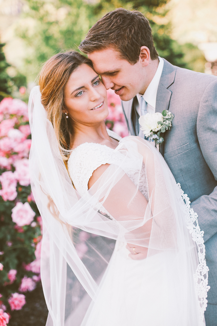 Alyssa and Nate Temple (c)evelyneslavaphotography 8016713080 (40).jpg