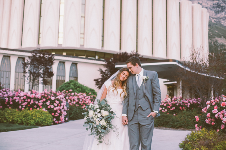 Alyssa and Nate Temple (c)evelyneslavaphotography 8016713080 (73).jpg