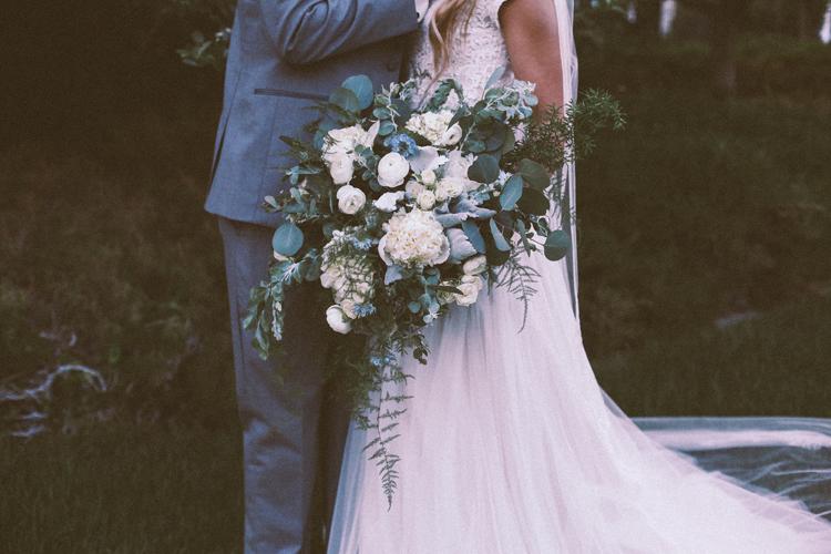 Alyssa and Nate Temple (c)evelyneslavaphotography 8016713080 (109).jpg