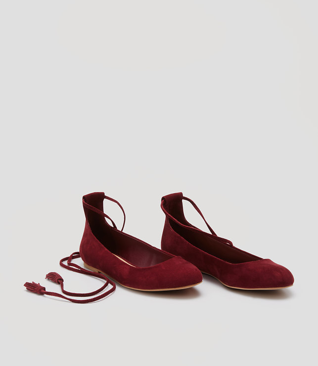 Pair these gorgeous  lace up flats from LOFT  with a tailored pants, dark jeans or a floral skirt.