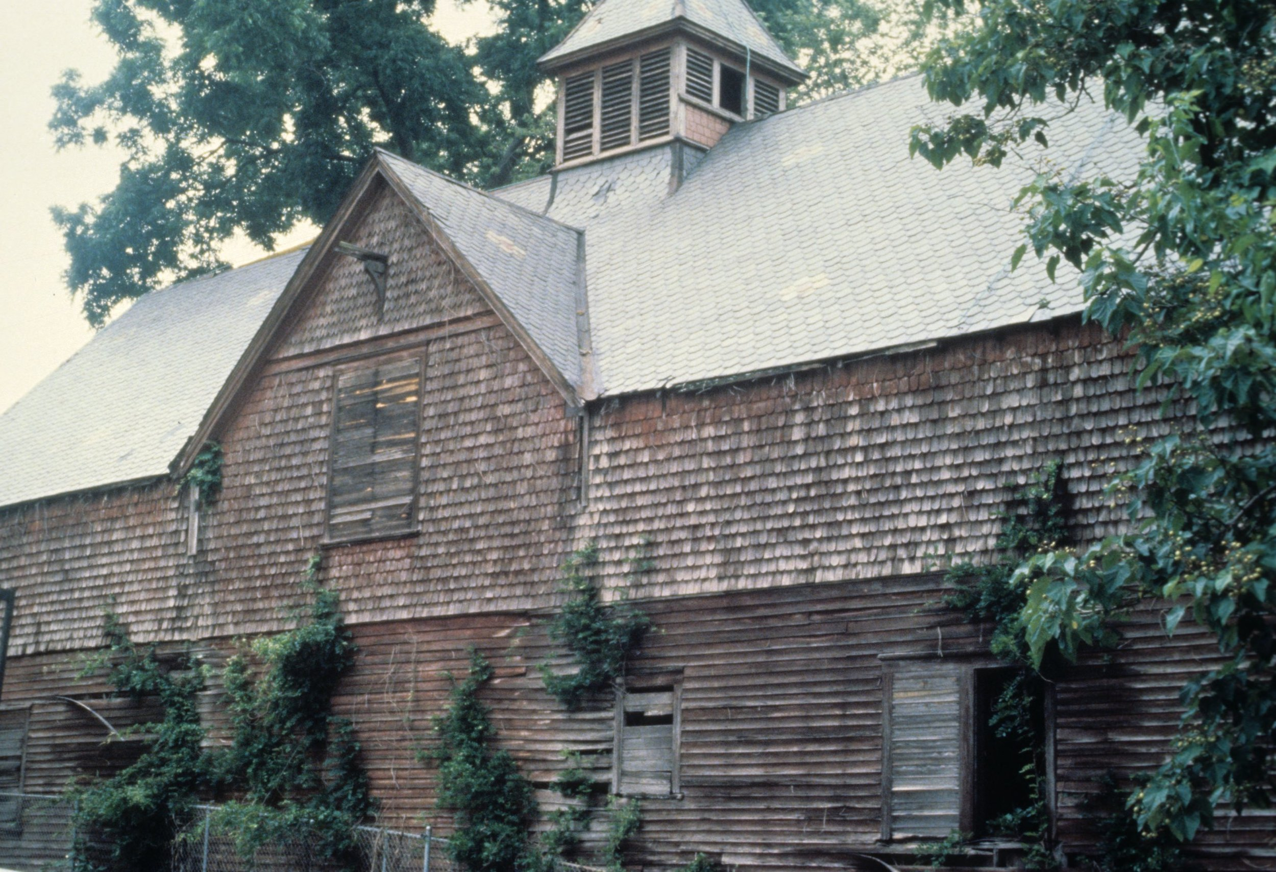 Old Photo of the Historic Tucker Carriage House before renovations.