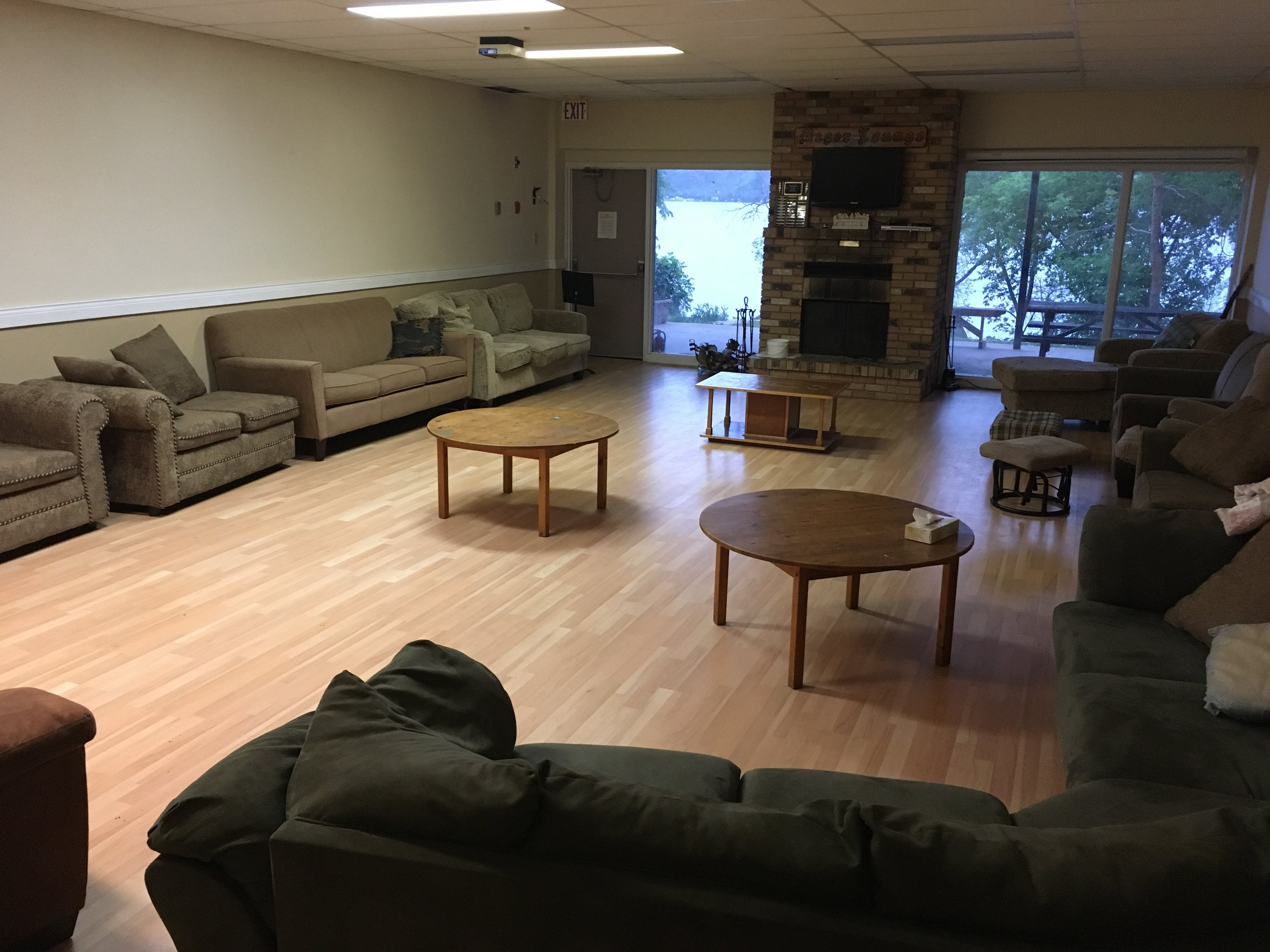 - Upper Level Offers:Contemporary kitchen with 2 large stoves, walk-in cooler, 2 large freezers, commercial dishwasher, heated/waterless stainless steel food servers, cooking and serving equipment.Dining hall with a capacity of 300 people.Lower Level Offers:14 individually electrically heated rooms40 single and 16 double bedsLounge area with wood fireplace