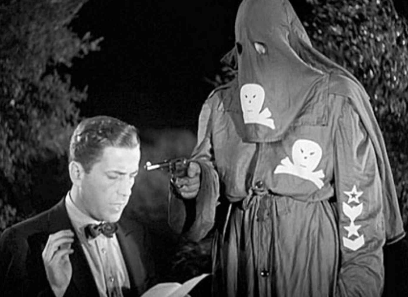 HUMPHREY BOGART STARRED in the 1937 warner brothers film  black legion .