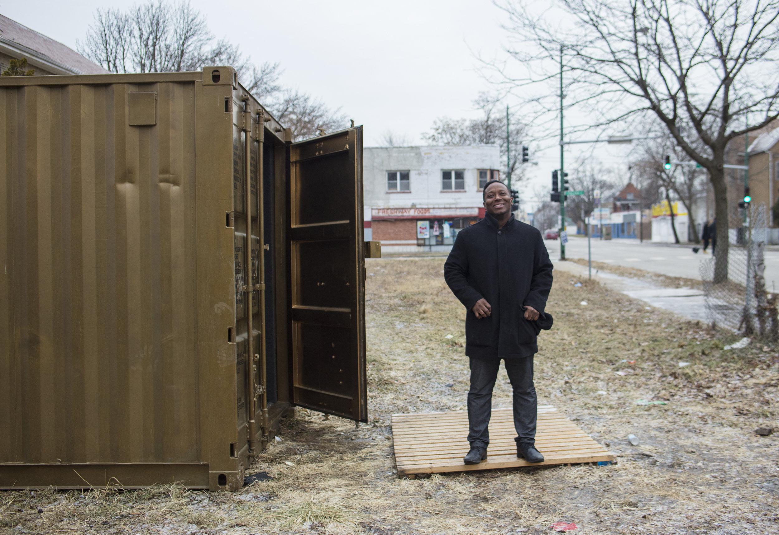 Chicago Portal Curator Dre Meekins outside the Portal (January 2017).