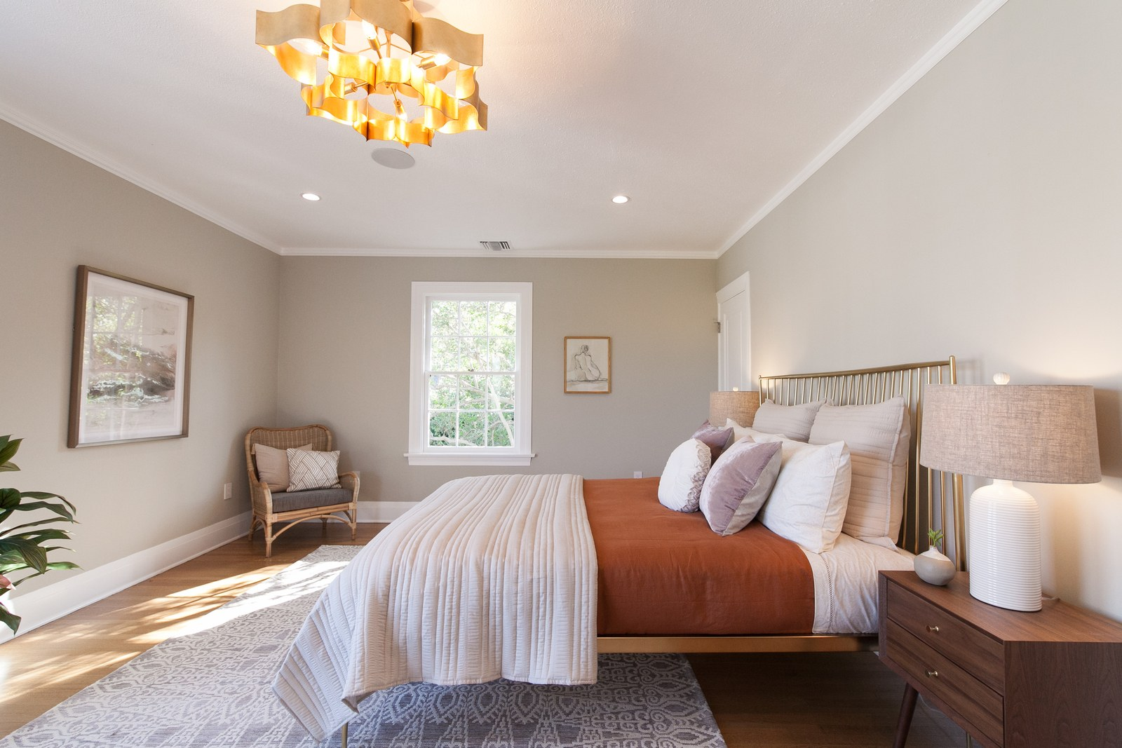 AD - How to Start a Home Staging BusinessArchitectural Digest - April 2019
