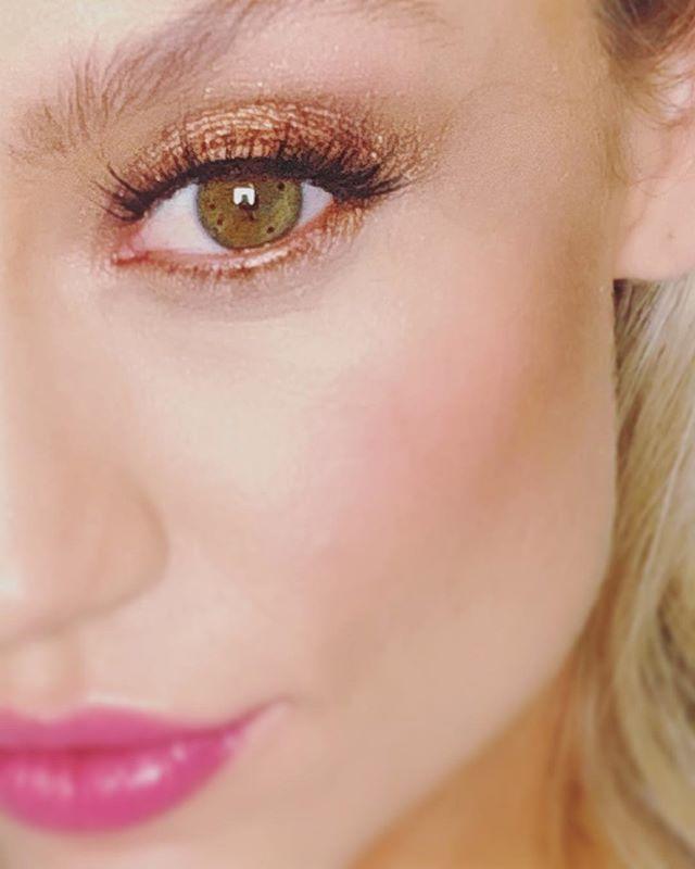 On set today with @melissazabinsky for @hillbergandberk. Melissa is wearing The Jenna Lash. #behindthescenes #saralindsaylash #lashes #eyelash #eyelashes #behindthescenes #photoshoot