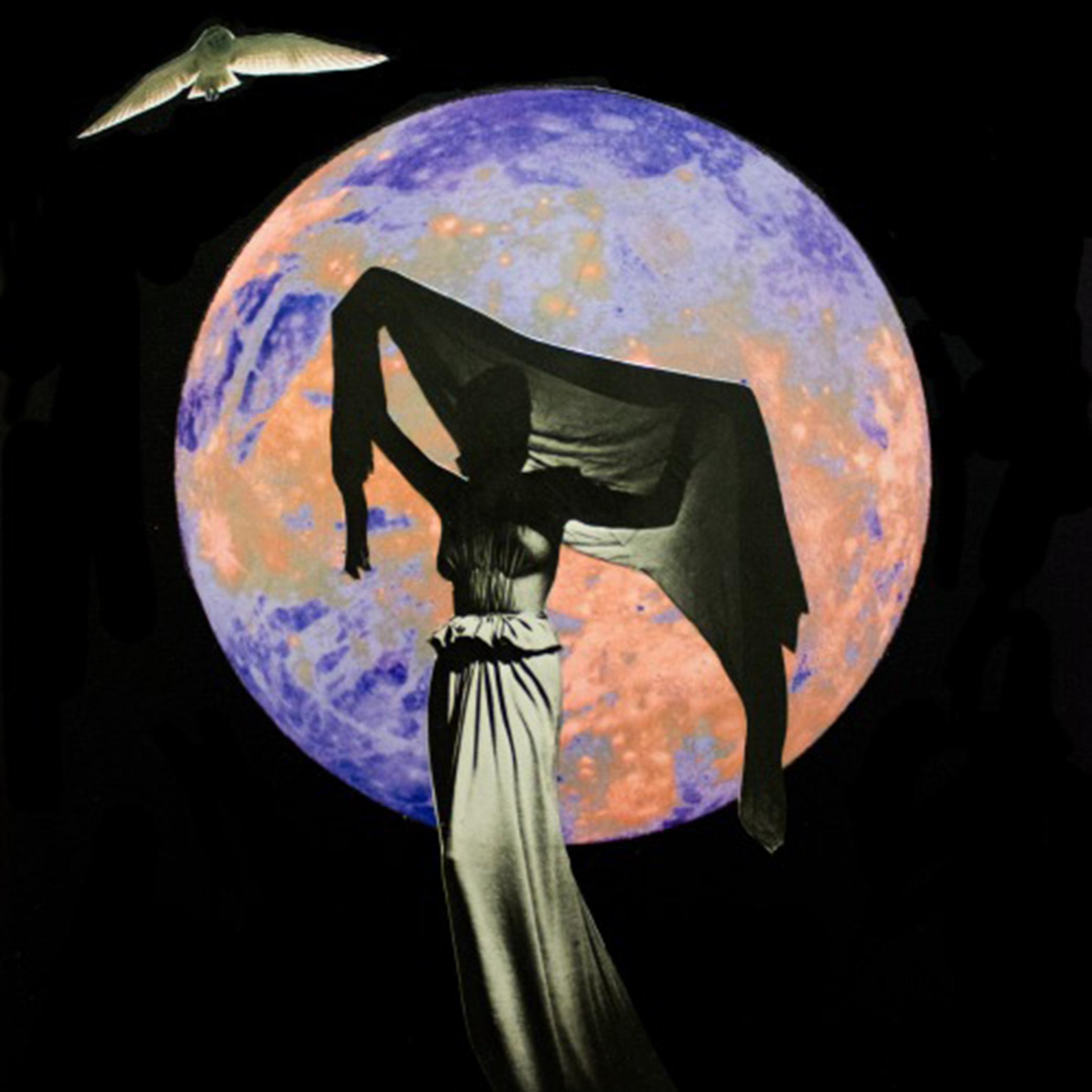 mujer de la luna.jpg
