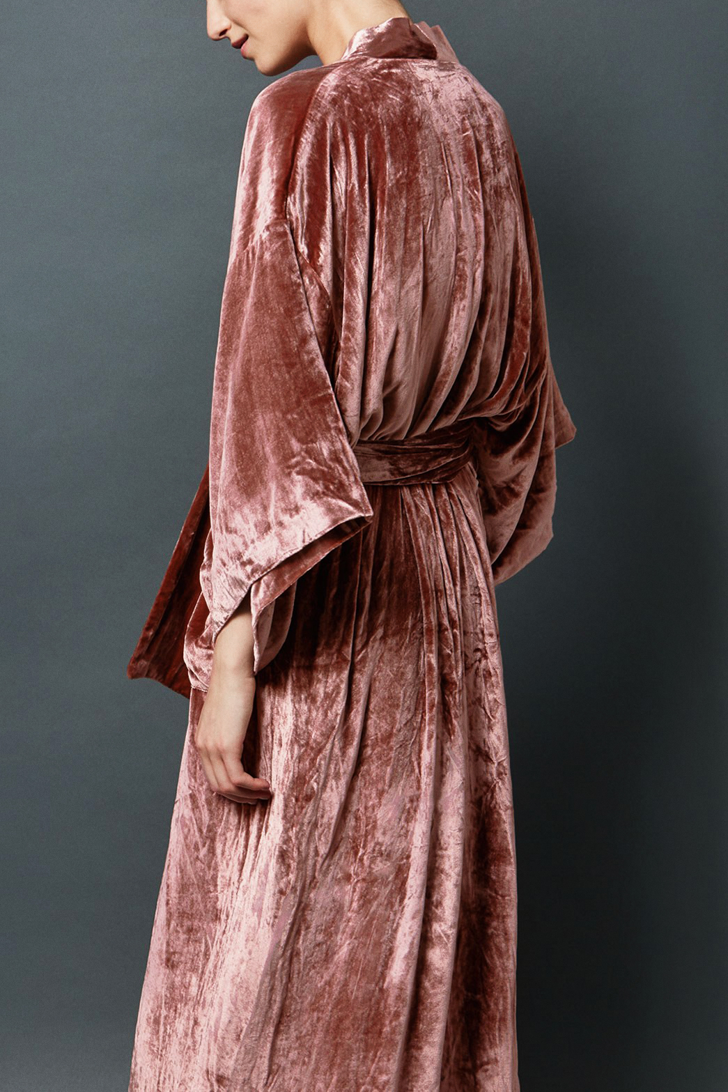 I love this colour velvet robe! I couldn't find the photo owner, or where to buy one from. So I am pulling a blank here. ASOS and Peter Alexander both have some nice robes/dressing gowns if you are after one for someone special. I personally love the fluffy ones too.
