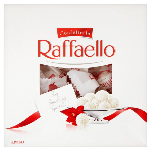Normal people are all about Ferrero rochers. not this girl, its all about Rafaello chocolates for me.