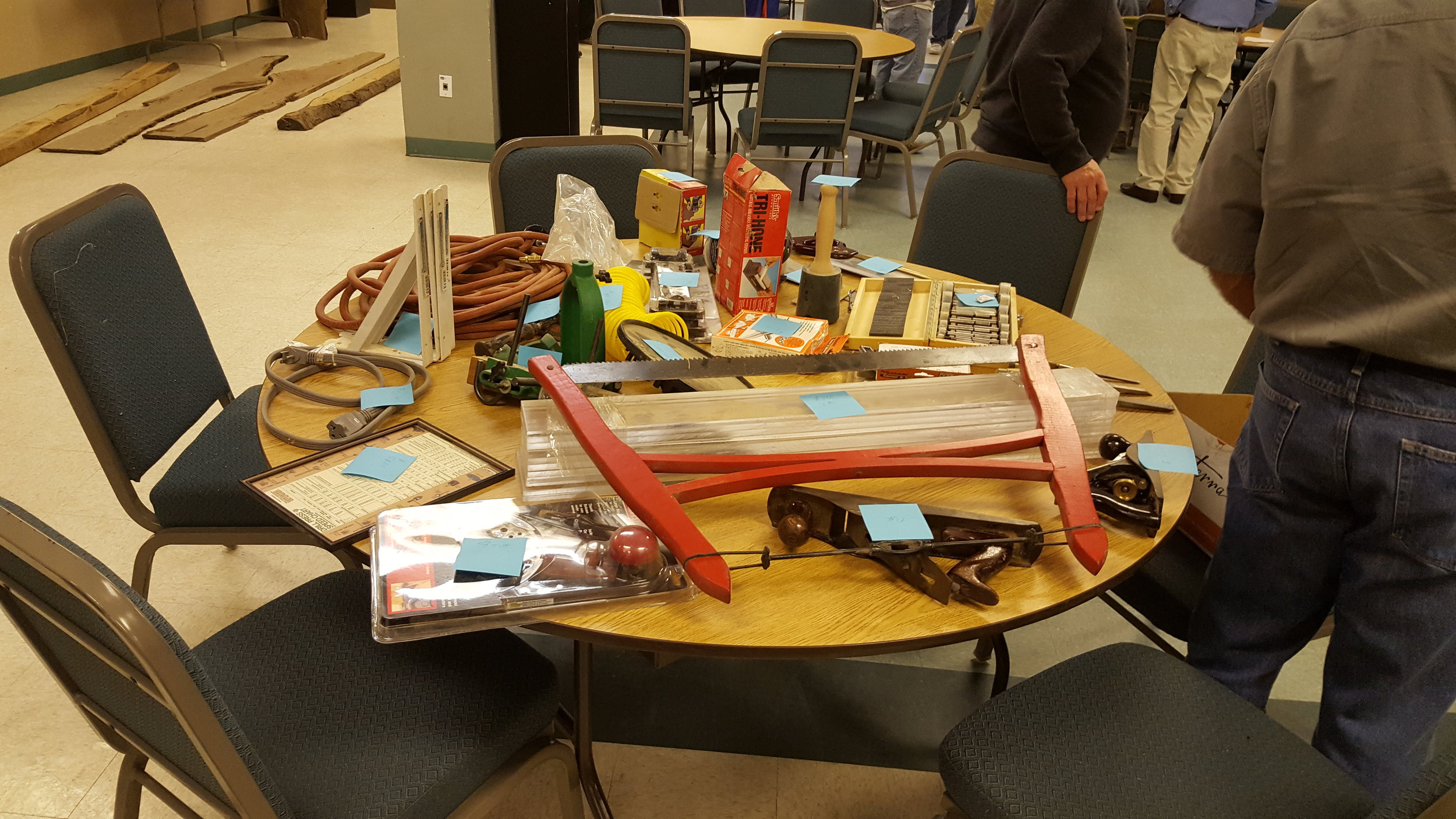 Items for auction.jpg