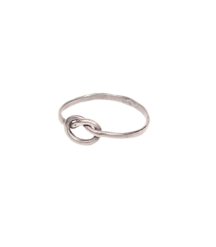 silverring_3f59d7b2-48d9-4a8b-861b-fca42540206d.jpg