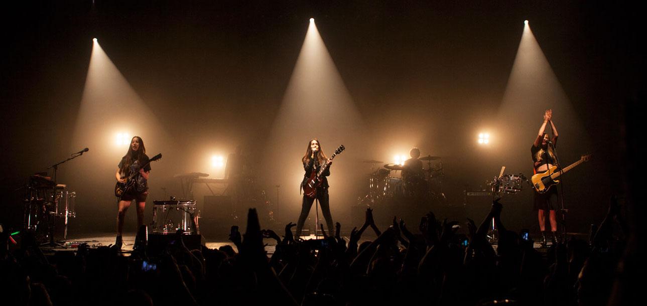 HAIM, band, rock, best rock band, live, concert, walk softly