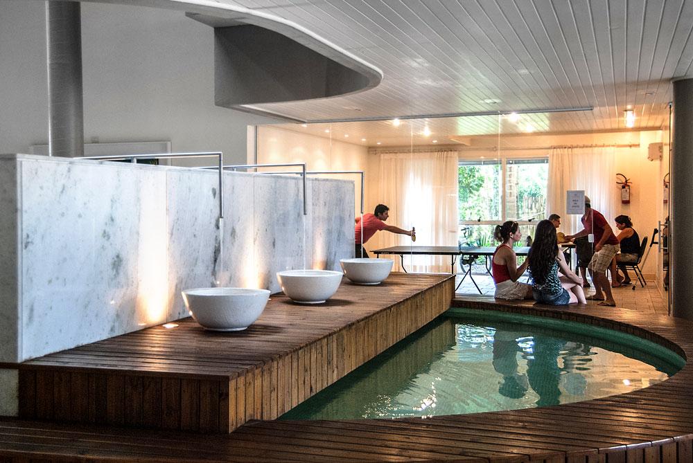 Hotel-Torres-da-Cachoeira-Florianopolis-por-Bruno-Sampaio-21.jpg